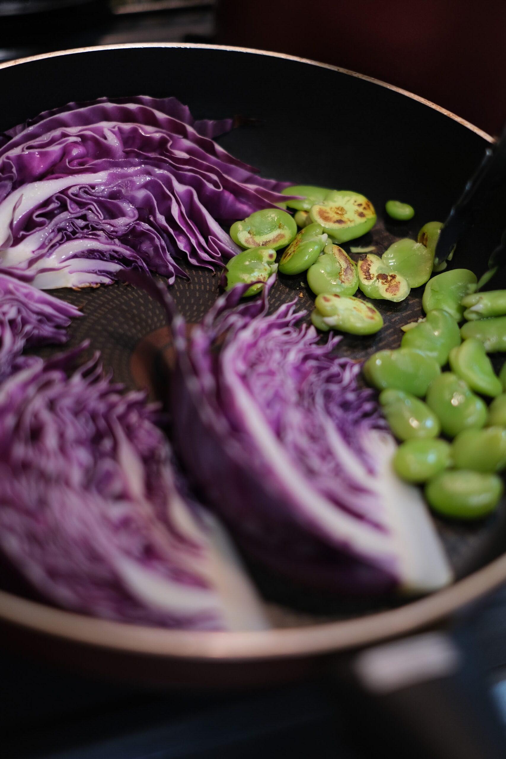 焼き色がついてきた野菜の画像です